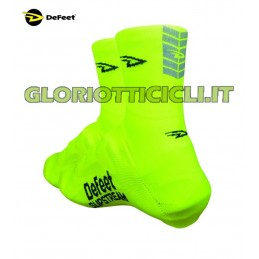 PAIR OF YELLOW SLIPSTREAM SHOE COVERS