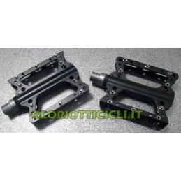 BLACK FIXED SNAP PEDALS